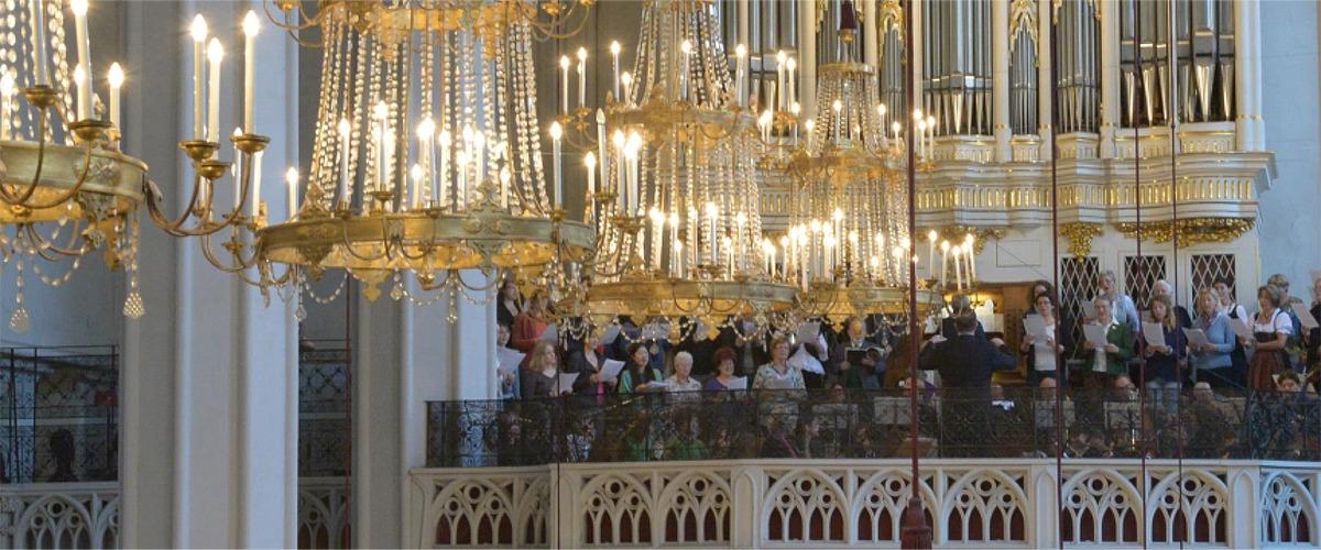 1-Slider-6-Chor-von-St.-Augustin
